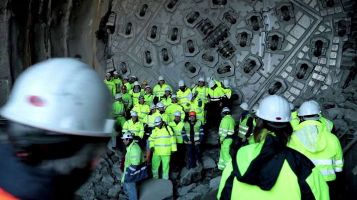 ACCIONA finishes drilling the Bolaños Tunnels in Spain