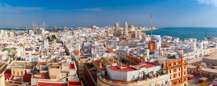 ACCIONA will carry out the maintenance of green areas in Cadiz