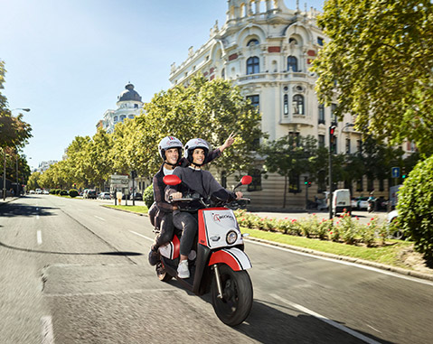 ACCIONA deploys over 1,000 electric scooters in Madrid as part of its sustainable mobility initiative