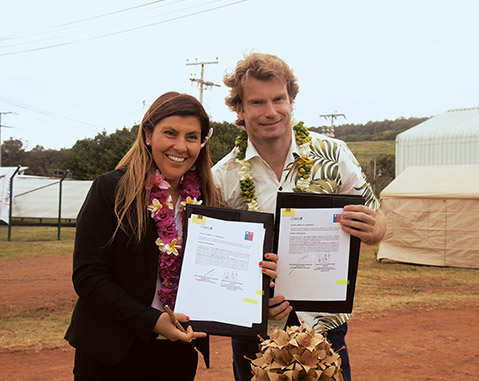 ACCIONA starts up and donates the first grid-connected photovoltaic plant on Easter Island