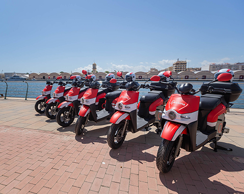 Gandía drives sustainable tourism with ACCIONA's scooter sharing service