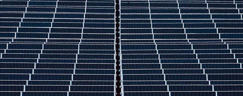 Do you know how solar panels generate electricity? | ACCIONA